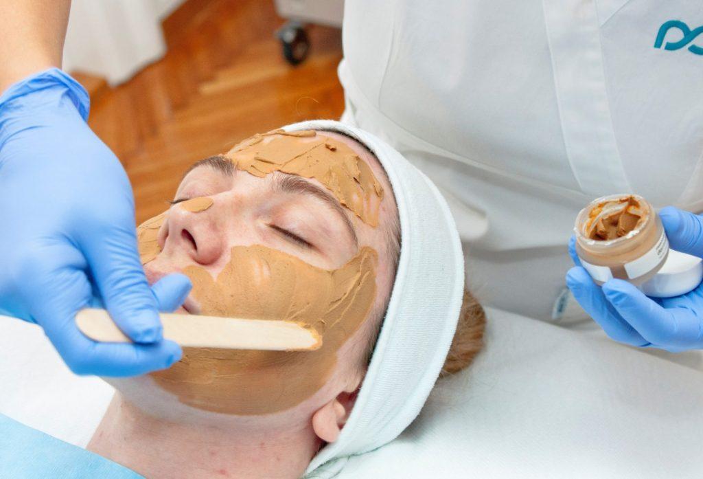 Nanošenje maske