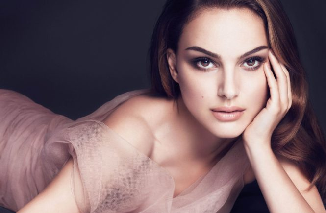 """Natalie Portman is the face of Dior's new beauty campaign """"Dior Forever""""."""