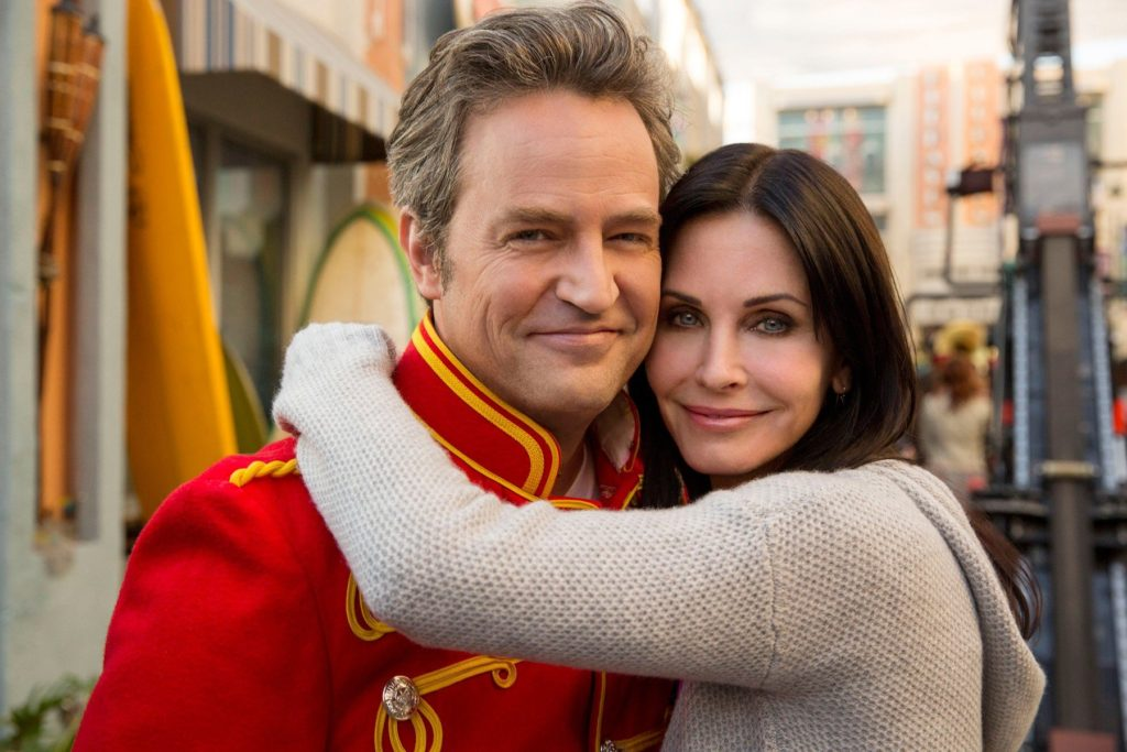 COUGAR TOWN, (from left): Matthew Perry, Courteney Cox, 'Hard On Me', (Season 5, ep. 505, aired Feb. 4, 2014)., Image: 184945462, License: Rights-managed, Restrictions: , Model Release: no, Credit line: Profimedia, Everett