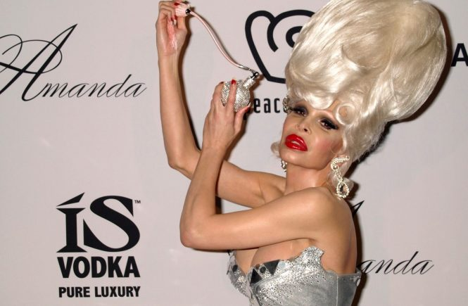 D 98666-04 Amanda Lepore. . Amanda Lepore attending the launch of her Amanda by Amanda Lepore, Eau de Parfum at Hiro Ballroom in New York, USA. 03/05/2009, Image: 222988320, License: Rights-managed, Restrictions: , Model Release: no, Credit line: Profimedia, TEMP Camerapress