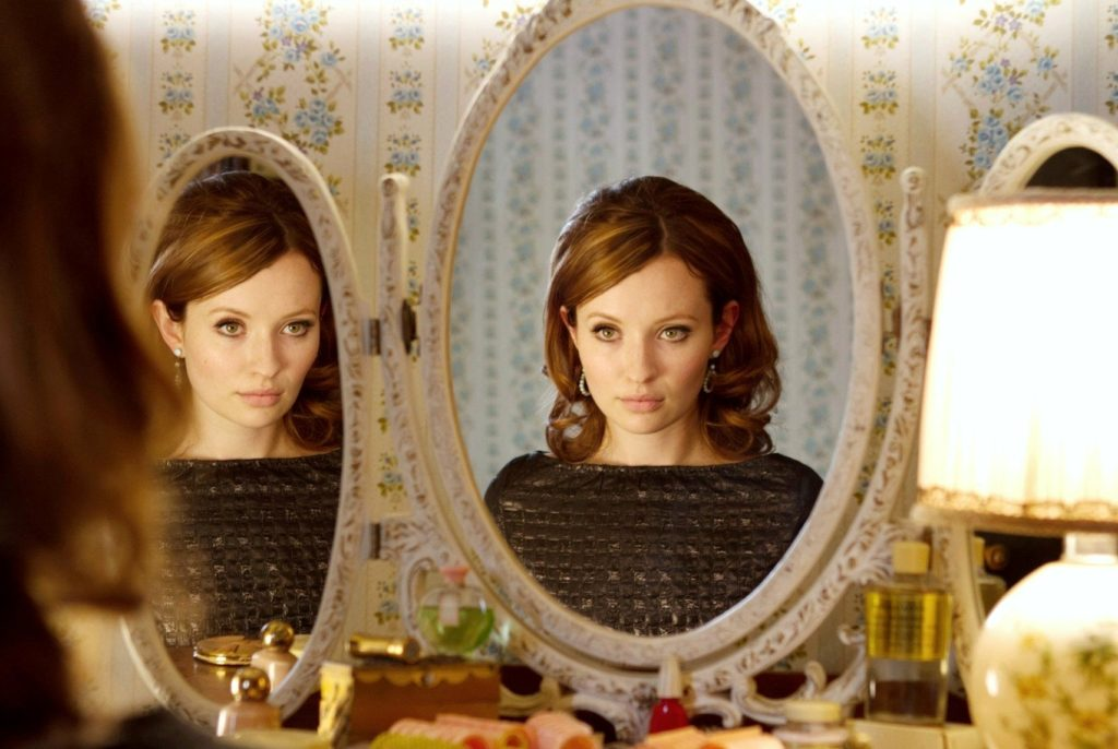 LEGEND, Emily Browning, 2015., Image: 267544784, License: Rights-managed, Restrictions: ©Universal/Courtesy Everett Collection, Model Release: no, Credit line: Profimedia, Everett