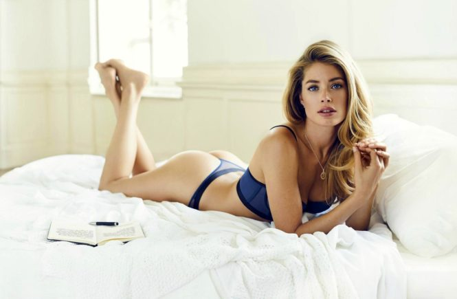Dutch model Doutzen Kroes stunts in the new 2016 lingerie collection of Hunkemšller., Image: 304663780, License: Rights-managed, Restrictions: EDITORIAL USE ONLY, Model Release: no, Credit line: Profimedia, Balawa Pics