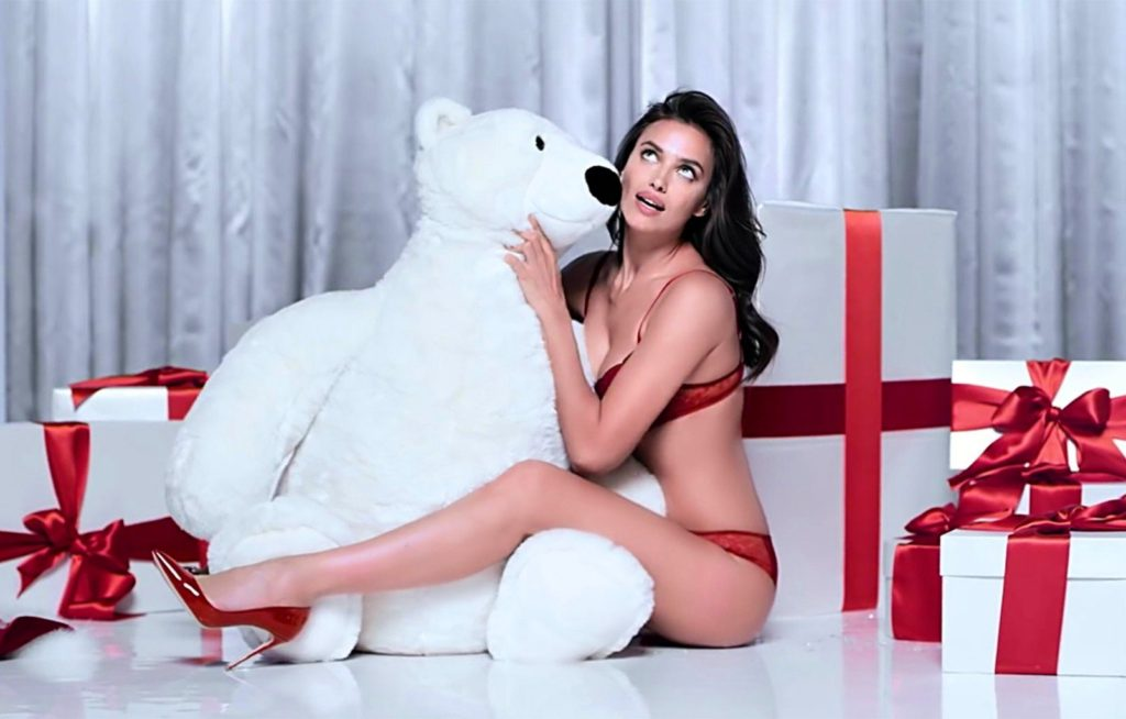 Russian fashion model Irina Shayk shows a Sexy Christmas for Intimissimi's Holiday 2016 advertising campaign., Image: 308220724, License: Rights-managed, Restrictions: EDITORIAL USE ONLY, Model Release: no, Credit line: Profimedia, Balawa Pics