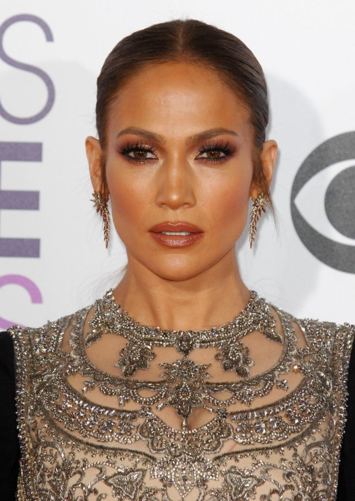 Jennifer Lopez attending the People's Choice Awards 2017 at the Microsoft Theatre in Los Angeles. January 18, 2017., Image: 311641791, License: Rights-managed, Restrictions: NOT FOR SALE IN: AUSTRIA & GERMANY., Model Release: no, Credit line: Profimedia, TEMP Camerapress