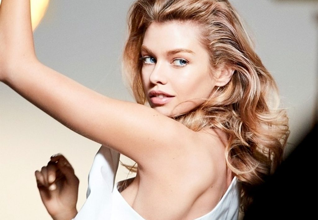 British fashion model Stella Maxwell in the photo session for Max Factor 2017 makeup collections., Image: 320946515, License: Rights-managed, Restrictions: EDITORIAL USE ONLY, Model Release: no, Credit line: Profimedia, Balawa Pics