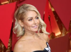 Kelly Ripa walking on the red carpet during the 89th Academy Awards ceremony, presented by the Academy of Motion Picture Arts and Sciences, held at the Dolby Theatre in Hollywood, California on February 26, 2017., Image: 322548186, License: Rights-managed, Restrictions: *** World Rights ***, Model Release: no, Credit line: Profimedia, SIPA USA