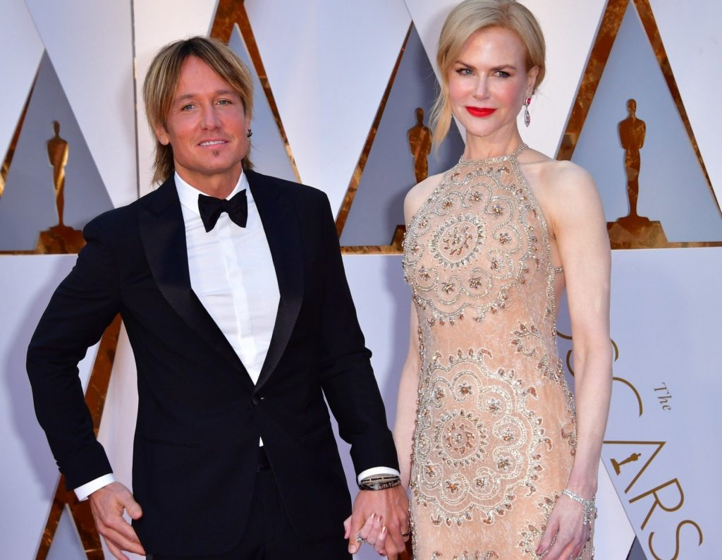 Nicole Kidman (R) and Keith Urban arrive on the red carpet for the 89th annual Academy Awards at the Dolby Theatre in the Hollywood section of Los Angeles on February 26, 2017. Photo by /UPI, Image: 322548745, License: Rights-managed, Restrictions: , Model Release: no, Credit line: Profimedia, UPI