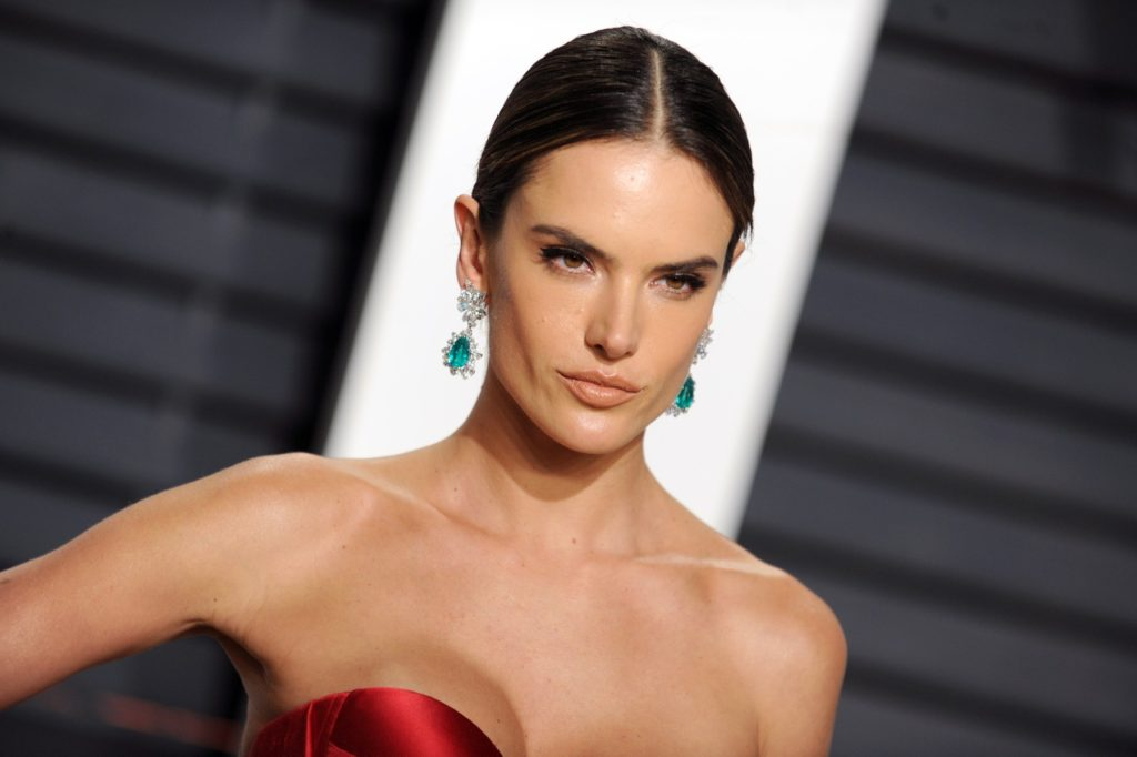 Alessandra Ambrosio at the Vanity Fair party, 89th Annual Academy Awards, Los Angeles, USA. 26.02.2017, Image: 322820470, License: Rights-managed, Restrictions: WORLD RIGHTS- Fee Payable Upon Reproduction - For queries contact Photoshot - sales@avalon.red London: +44 (0) 20 7421 6000 Los Angeles: +1 (310) 822 0419 Berlin: +49 (0) 30 76 212 251, Model Release: no, Credit line: Profimedia, Uppa entertainment