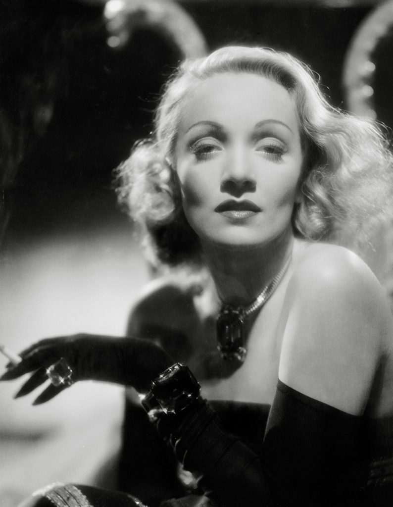 "Marlene Dietrich, ""The Lady is Willing"" 1942 Columbia, Image: 331298375, License: Rights-managed, Restrictions: NO ITALY, GERMANY, BENELUX, USA or AUSTRALIA- Fee Payable Upon Reproduction - For queries contact Avalon.red - sales@avalon.red London: +44 (0) 20 7421 6000 Los Angeles: +1 (310) 822 0419 Berlin: +49 (0) 30 76 212 251, Model Release: no, Credit line: Profimedia, Uppa entertainment"