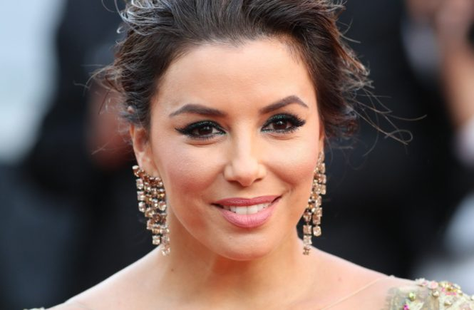 ; Cannes Film Festival 2017 - Day 5. 'The Killing Of A Sacred Deer' Red Carpet during the 70th edition of the 'Festival International du Film de Cannes' on 22/05/2017 in Cannes, France. The film festival runs from 17 to 28 May. Pictured : Eva Longoria - 70th annual Cannes Film Festival in Cannes, France, May 2017. The film festival will run from 17 to 28 May., Image: 333224106, License: Rights-managed, Restrictions: , Model Release: no, Credit line: Profimedia, MAXPPP