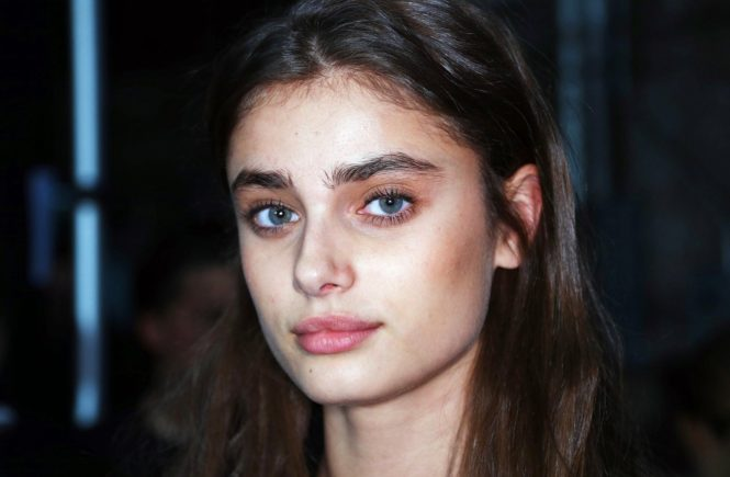 , New York, NY - 09/11/17 - Anna Sui Spring 2018 Collection, held during NYFW at Skylight Clarkson Studios. -PICTURED: Taylor Hill -, Image: 349202341, License: Rights-managed, Restrictions: , Model Release: no, Credit line: Profimedia, INSTAR Images