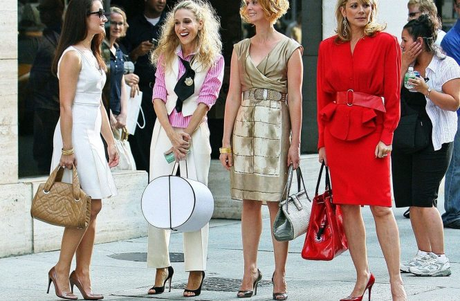 "Kristin Davis, Sarah Jessica Parker Cynthia Nixon and Kim Cattrall on the set of ""Sex in the City: The Movie"" in New York City. Photo © FPix"