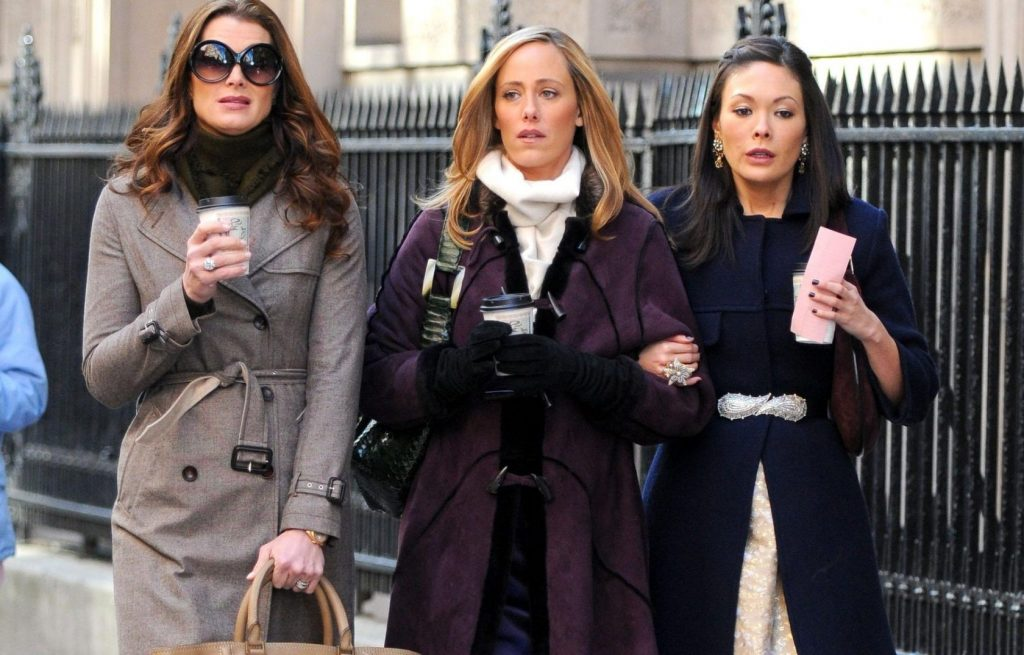 19699, NEW YORK, NEW YORK - Monday January 28th 2008. Brooke Shields, Kim Raver and Lindsay Price on the set of the tv series 'Lipstick Jungle' filming on the Upper East Side in Manhattan., Image: 24057774, License: Rights-managed, Restrictions: VIDEO AVAILABLE, Model Release: no, Credit line: Profimedia, Pacific coast news