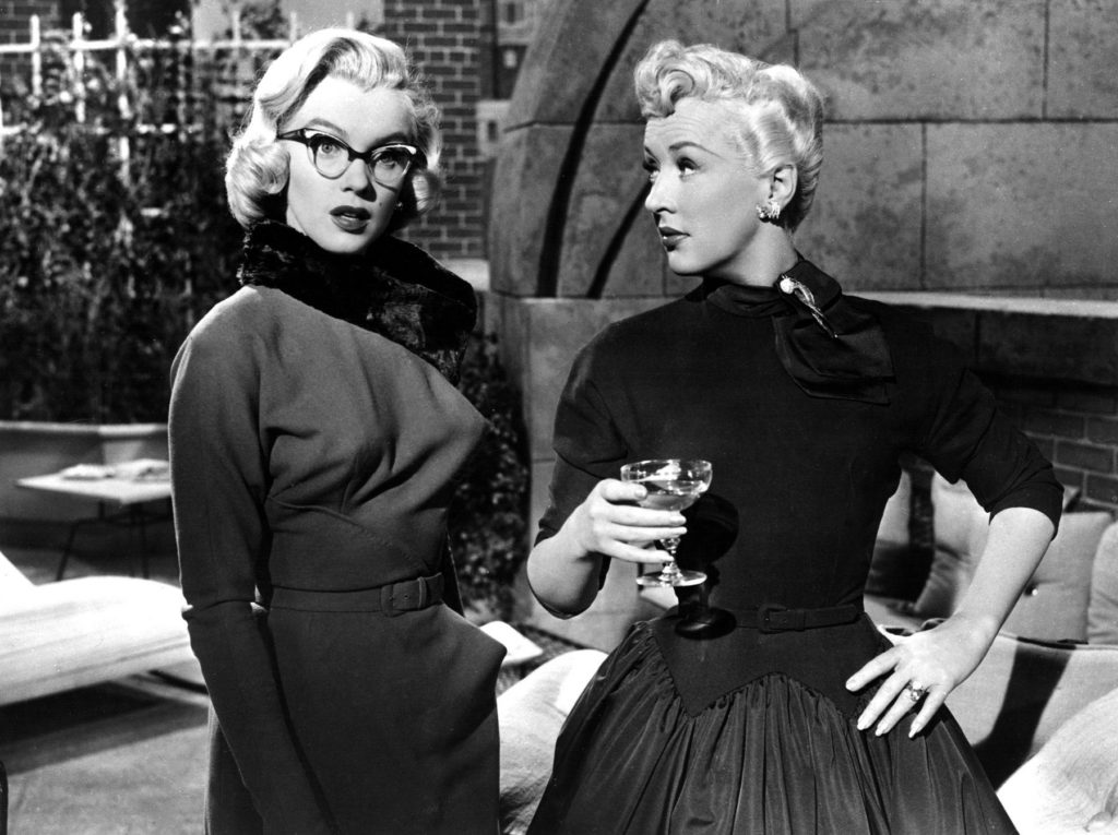 HOW TO MARRY A MILLIONAIRE, Marilyn Monroe, Betty Grable, 1953, TM and Copyright (c) 20th Century-Fox Film Corp. All Rights Reserved, Image: 97105443, License: Rights-managed, Restrictions: For usage credit please use; ©20thCentFox/Courtesy Everett Collection, Model Release: no, Credit line: Profimedia, Everett