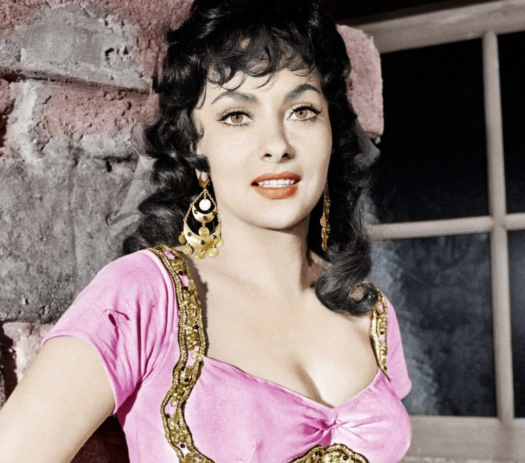 THE HUNCHBACK OF NOTRE DAME, Gina Lollobrigida, 1956, Image: 127532414, License: Rights-managed, Restrictions: , Model Release: no, Credit line: Profimedia, Everett