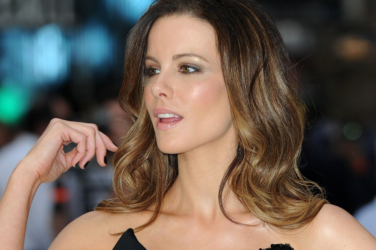 Picture Shows: Kate Beckinsale attending the UK premiere of 'Total Recall' at the Vue, Leicester Square, London, on Thursday August 16, 2012., Image: 139898459, License: Rights-managed, Restrictions: , Model Release: no, Credit line: Profimedia, MirrorPix