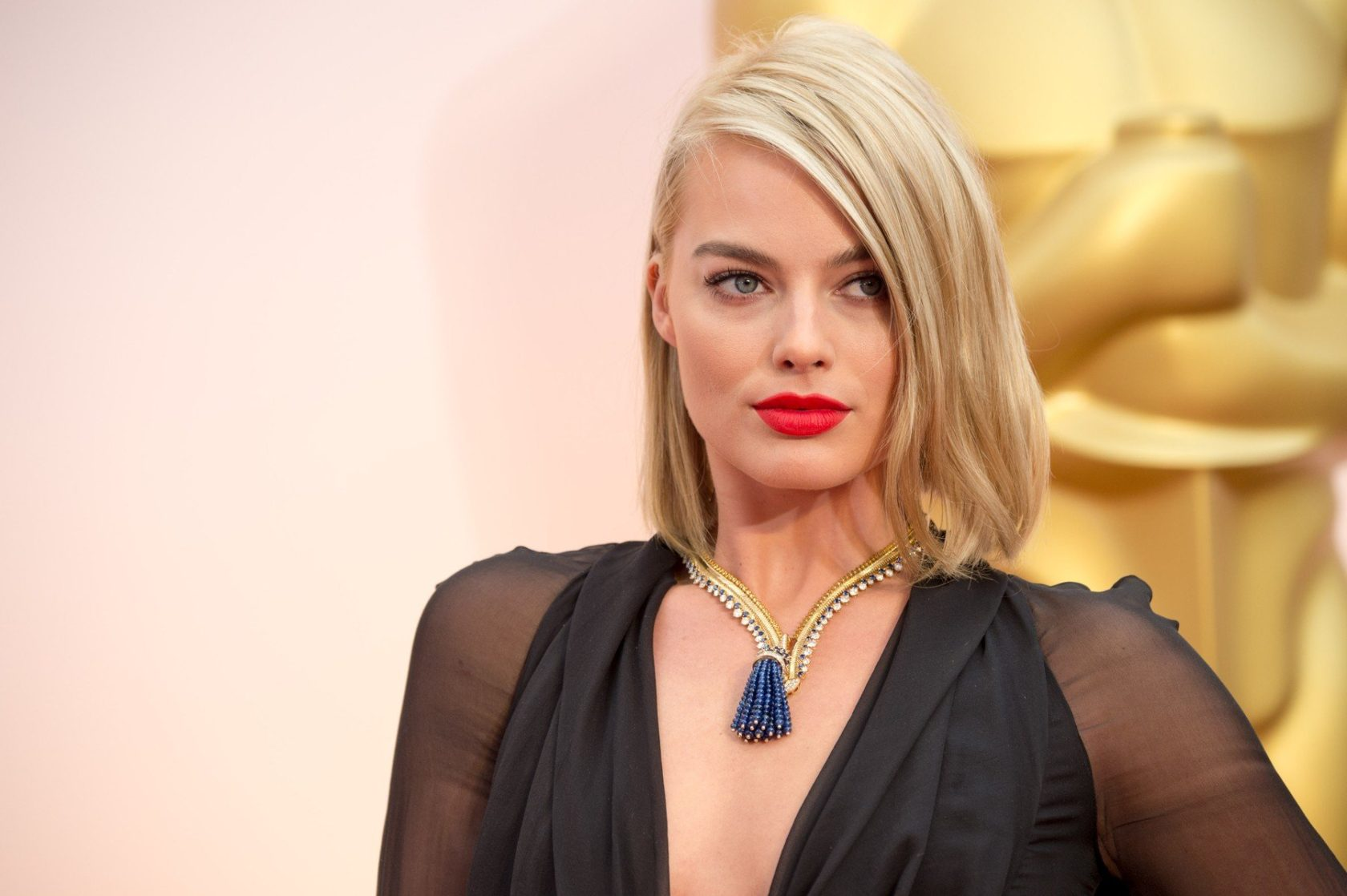 NOT FOR COVER USAGE. Margot Robbie, Oscar presenter, arrives for the live ABC Telecast of The 87th Oscars at the Dolby Theatre in Hollywood, CA on Sunday, February 22, 2015., Image: 231116773, License: Rights-managed, Restrictions: EDITORIAL USE ONLY. NO COVER USAGE. Camera Press provides this publicly distributed image for editorial purposes and is not the copyright owner. Additional permissions may be required and clearing such rights are the sole responsibility of the end user., Model Release: no, Credit line: Profimedia, TEMP Camerapress