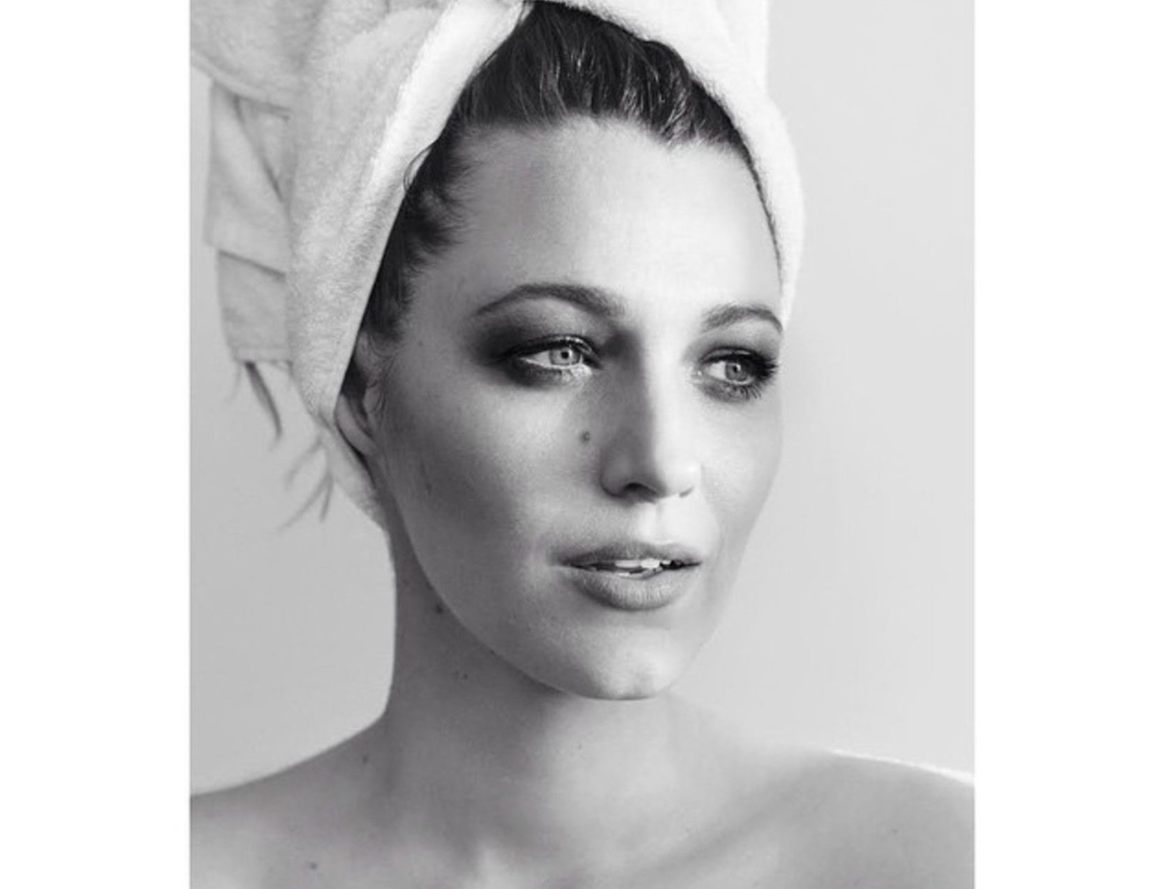"Mario Testino ""Towel series 72, Blake Lively"", Image: 238558685, License: Rights-managed, Restrictions: , Model Release: no, Credit line: Profimedia, Face To Face A"