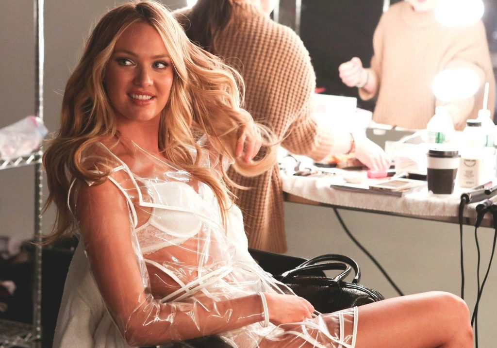 """Candice Swanepoel , Martha Hunt and Jasmine Tookes in the behind the scenes of the new promotional video """"Angels & Umbrellas"""" of Victorias Secret, Image: 238558924, License: Rights-managed, Restrictions: , Model Release: no, Credit line: Profimedia, Thunder Press"""