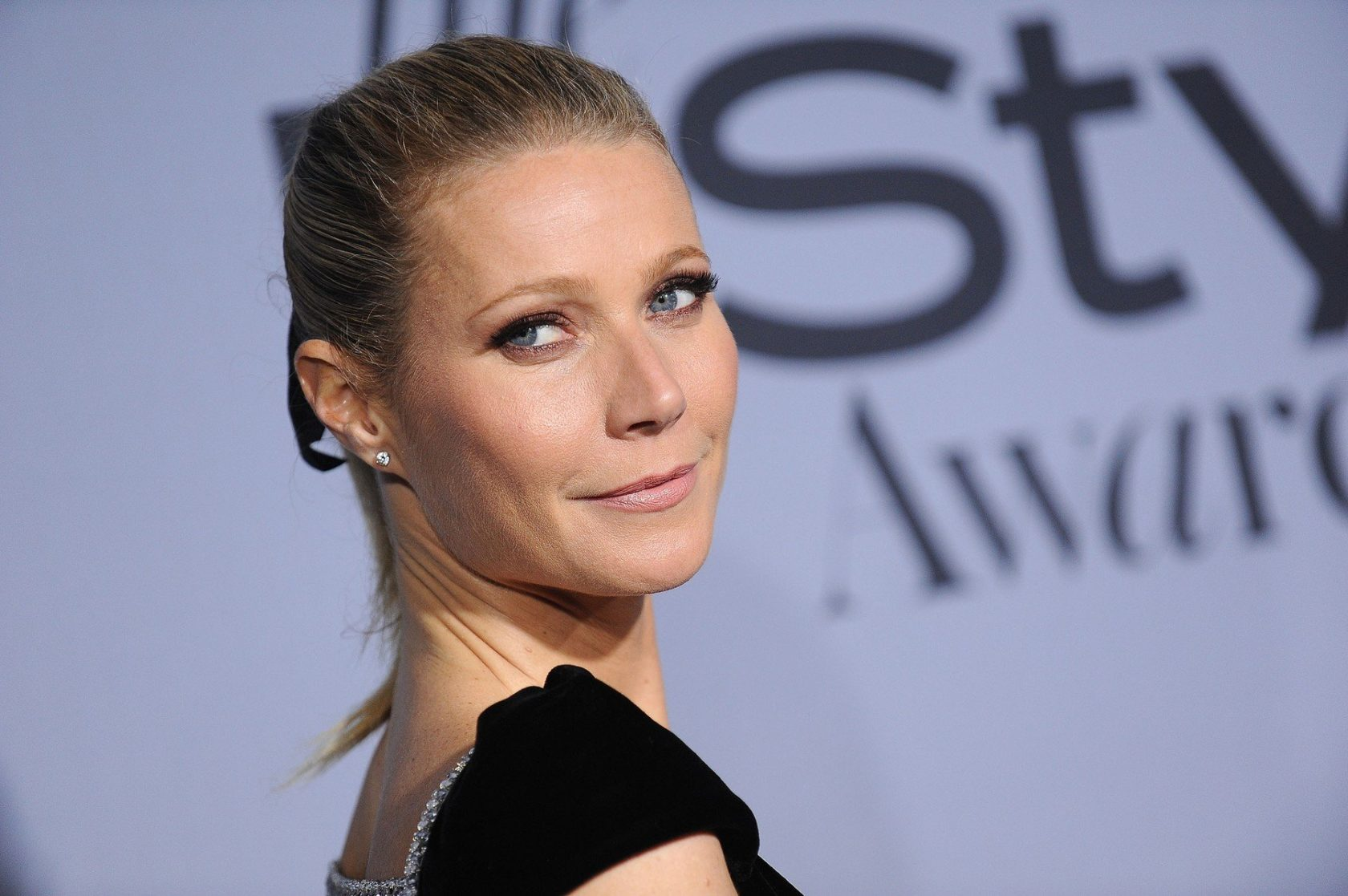 "Gwyneth Paltrow arriving to the InStyle presents the inaugural ""InStyle Awards"" held at the Getty Center. ©Chase Rollins/AFF-USA.COM, Image: 263989059, License: Rights-managed, Restrictions: World Rights except USA, France, Germany, Spain, Italy, Australia & NZ, Switzerland, Holland, Poland and South Africa, Model Release: no, Credit line: Profimedia, Press Association"