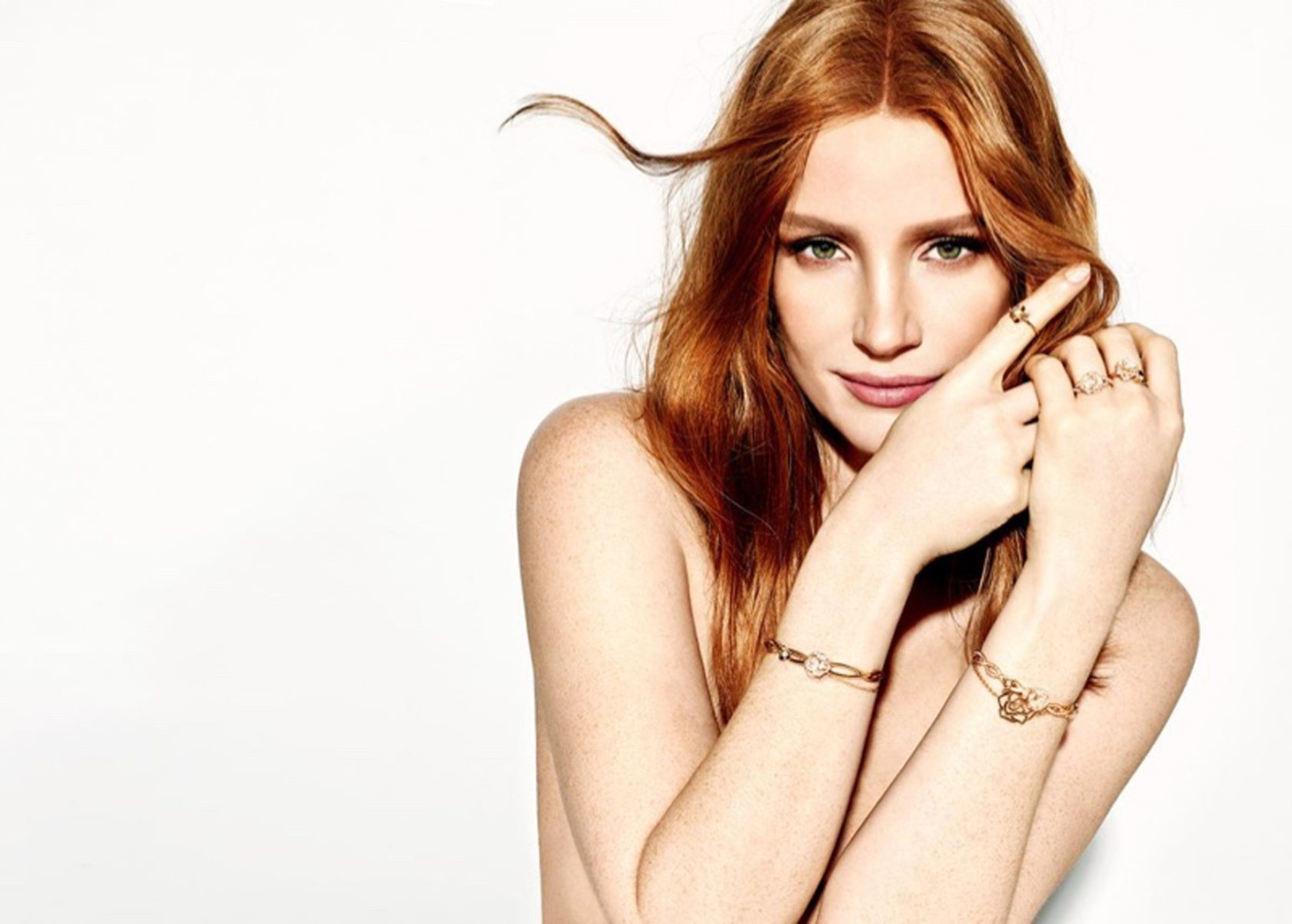 Hollywood star Jessica Chastain stars in Piaget jewelry brand new campaign