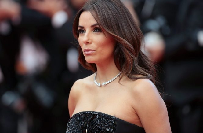 © PHOTO / LE PARISIEN / FREDERIC DUGIT SPECTCALE / CINEMA Palais des festivals à Cannes (06) 69ème Festival de Cannes Photo: Montée des marches du film MONEY MONSTER (Etats-Unis) [Hors Compétition] En présence de Eva Longoria 69th annual Cannes Film Festival in Cannes, France, May 2016. The film festival will run from 11 to 22 May. cannes le 12 05 2016 photo /, Image: 284309300, License: Rights-managed, Restrictions: OK POUR DIFFUSION, Model Release: no, Credit line: Profimedia, MAXPPP