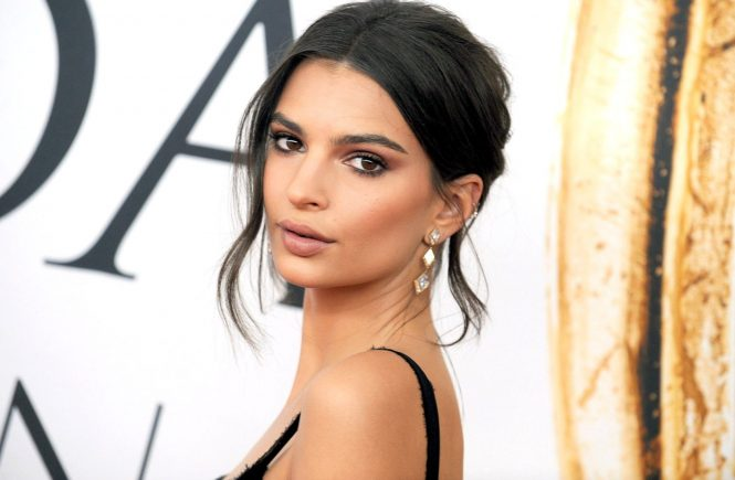 une 6, 2016 - New York, New York, USA - Emily Ratajkowski attends the 2016 CFDA Fashion Awards at the Hammerstein Ballroom on June 6, 2016 in New York City., Image: 289262706, License: Rights-managed, Restrictions: , Model Release: no, Credit line: Profimedia, Zuma Press - Entertaiment