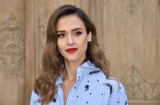 Jessica Alba attending at the Valentino show as a part of Paris Fashion Week Ready to Wear Spring/Summer 2017 on October 02, 2016 in Paris, France., Image: 301748653, License: Rights-managed, Restrictions: , Model Release: no, Credit line: Profimedia, Abaca