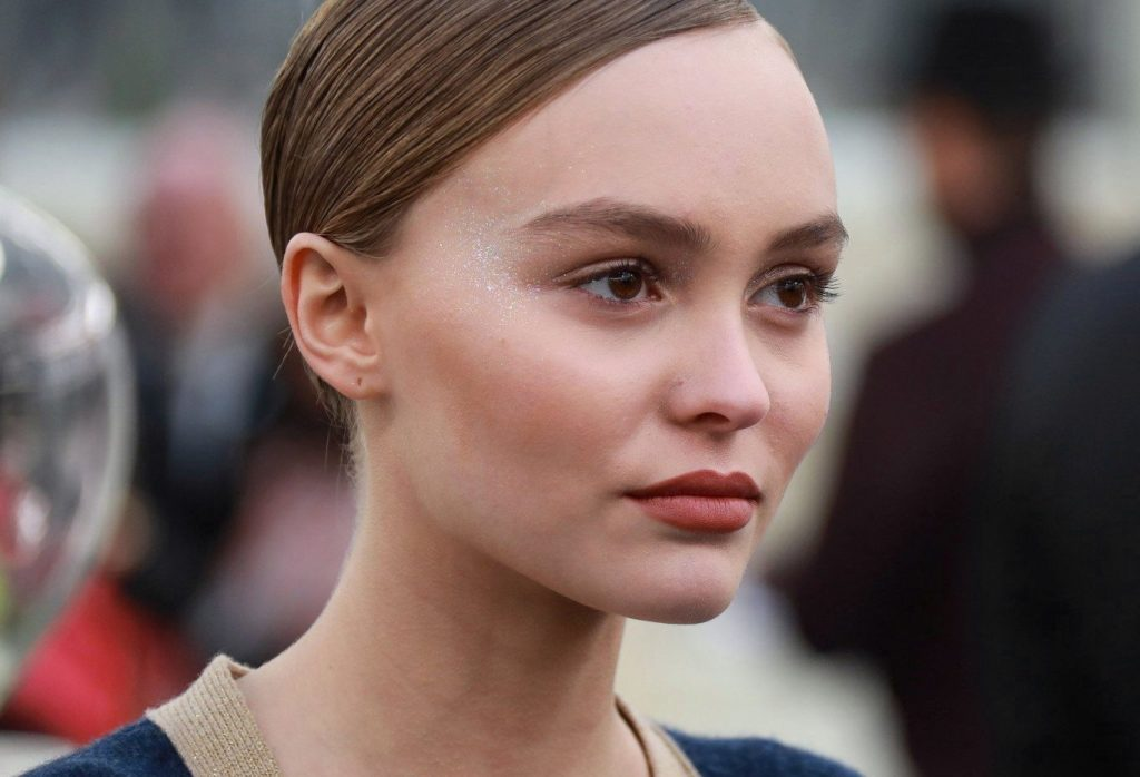 Lily-Rose Depp during the Chanel Haute Couture Spring Summer 2017 show as part of Paris Fashion Week on January 24, 2017 in Paris, France. //VULAURENT_152045/Credit:LAURENT VU/SIPA/1701241532, Image: 312887181, License: Rights-managed, Restrictions: , Model Release: no, Credit line: Profimedia, TEMP Sipa Press