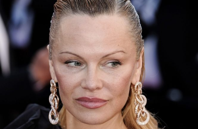 Pamela Anderson at 120 BATTEMENTS PAR MINUTE Premiere during the 70th Cannes Film Festival at the Palais des Festivals. Cannes, France - Saturday May 20, 2017., Image: 333007333, License: Rights-managed, Restrictions: WORLD RIGHTS- Fee Payable Upon Reproduction - For queries contact Avalon.red - sales@avalon.red London: +44 (0) 20 7421 6000 Los Angeles: +1 (310) 822 0419 Berlin: +49 (0) 30 76 212 251, Model Release: no, Credit line: Profimedia, Uppa entertainment