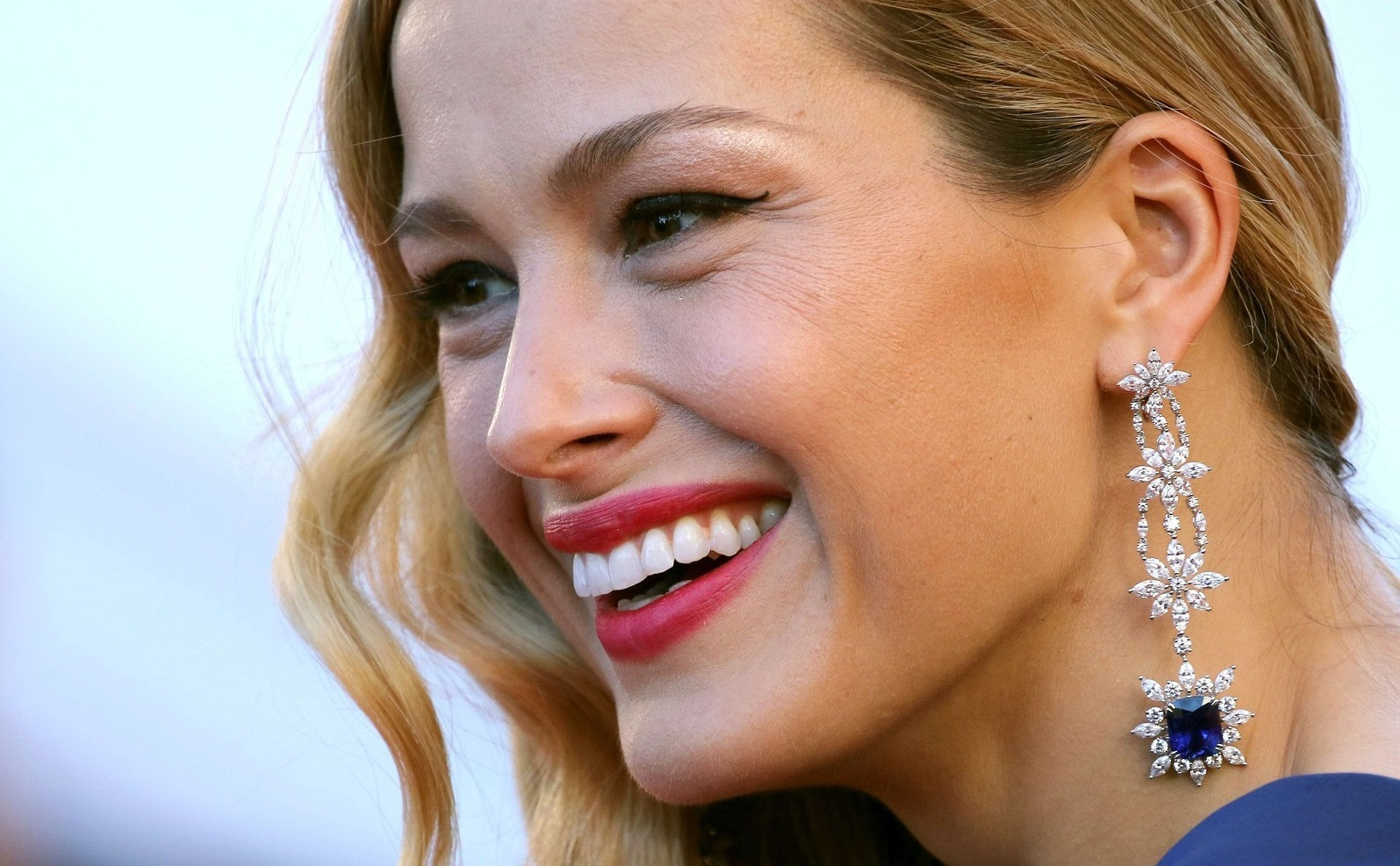 Petra Nemcova on the red carpet for the screening of the movie '120 beats per minute' ('120 battements par minute' ) on May 20th 2017, during the 70th Cannes Film Festival.//HAEDRICHJM_237JMH/Credit:Jean-Marc Haedrich/SIPA/1705211142, Image: 333041660, License: Rights-managed, Restrictions: , Model Release: no, Credit line: Jean-Marc Haedrich / Sipa Press / Profimedia