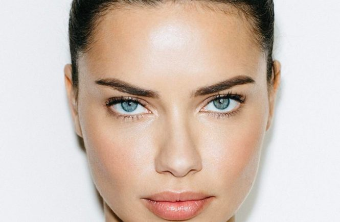 Brazilian fashion model Adriana Lima as ambassador for Maybelline 2017 collections., Image: 339498124, License: Rights-managed, Restrictions: EDITORIAL USE ONLY, Model Release: no, Credit line: Profimedia, Balawa Pi
