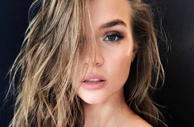 """Josephine Skriver (josephineskriver / 27.07.2017): """"back with my girl @taliasparrowmakeup, Image: 343290966, License: Rights-managed, Restrictions: , Model Release: no, Credit line: Profimedia, Face To Face A"""