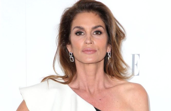 16 October 2017 - Beverly Hills, California - Cindy Crawford. ELLE 24th Annual Women in Hollywood Celebration held at Four Seasons Hotel Los Angeles., Image: 353273827, License: Rights-managed, Restrictions: , Model Release: no, Credit line: Profimedia, ADMedia