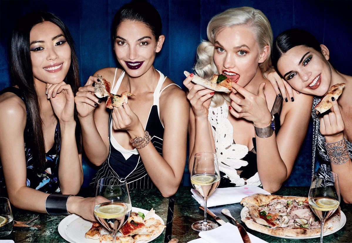"Lily Aldridge releases a photo on Twitter with the following caption: """"Pizza blast!""""., Image: 353551056, License: Rights-managed, Restrictions: *** No USA Distribution *** For Editorial Use Only *** Not to be Published in Books or Photo Books *** Handling Fee Only ***, Model Release: no, Credit line: Profimedia, SIPA USA"
