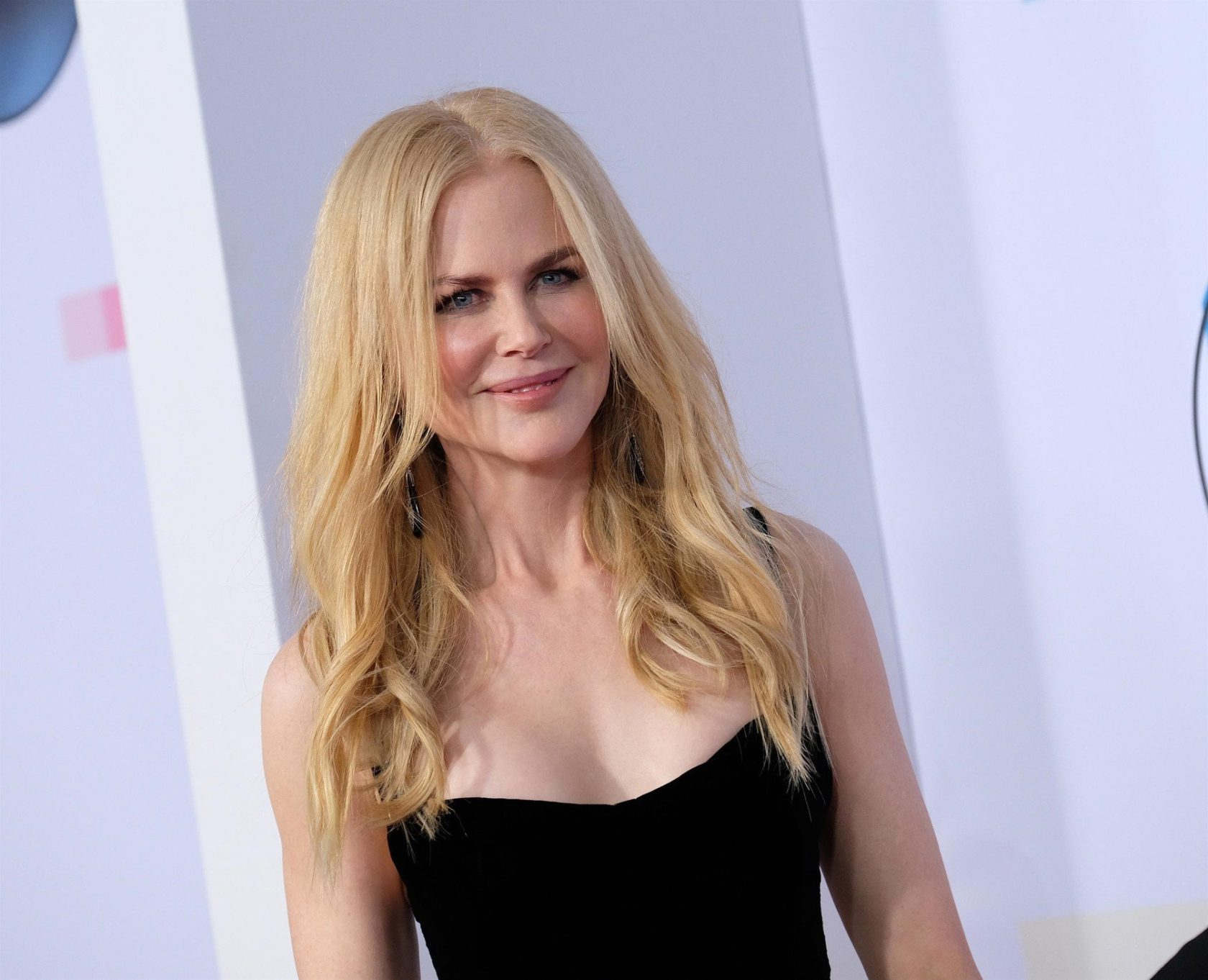 ** RIGHTS: WORLDWIDE EXCEPT IN FRANCE ** Downtown Los Angeles, CA - Celebrities attend the American Music Awards 2017 held at Microsoft Theatre in Los Angeles. Pictured: Nicole Kidman *UK Clients - Pictures Containing Children Please Pixelate Face Prior To Publication*, Image: 355732995, License: Rights-managed, Restrictions: , Model Release: no, Credit line: Profimedia, AKM-GSI