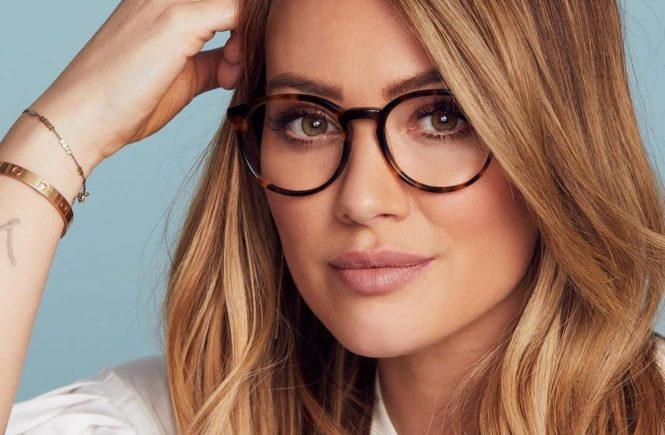 "Hilary Duff (hilaryduff / 23.01.2018): ""My new eyewear collection with @GlassesUSA is finally here, and I couldnt be more excited! I designed the collection with every woman in mind. My vision was to create stylish glasses at affordable prices for all face shapes and skin tones, so there is something for everyone. I want to empower women to use glasses to express themselves, their uniqueness and to be proud of who they are. So open your eyes, see the beauty in yourself, be your own MUSE!! - EVA My collection is available exclusively at www.GlassesUSA.com. Link in bio to shop the full collection. #MusexHilaryDuff #GlassesUSA #GlassesUSAPartner"", Image: 361174015, License: Rights-managed, Restrictions: , Model Release: no, Credit line: Profimedia, Face To Face A"