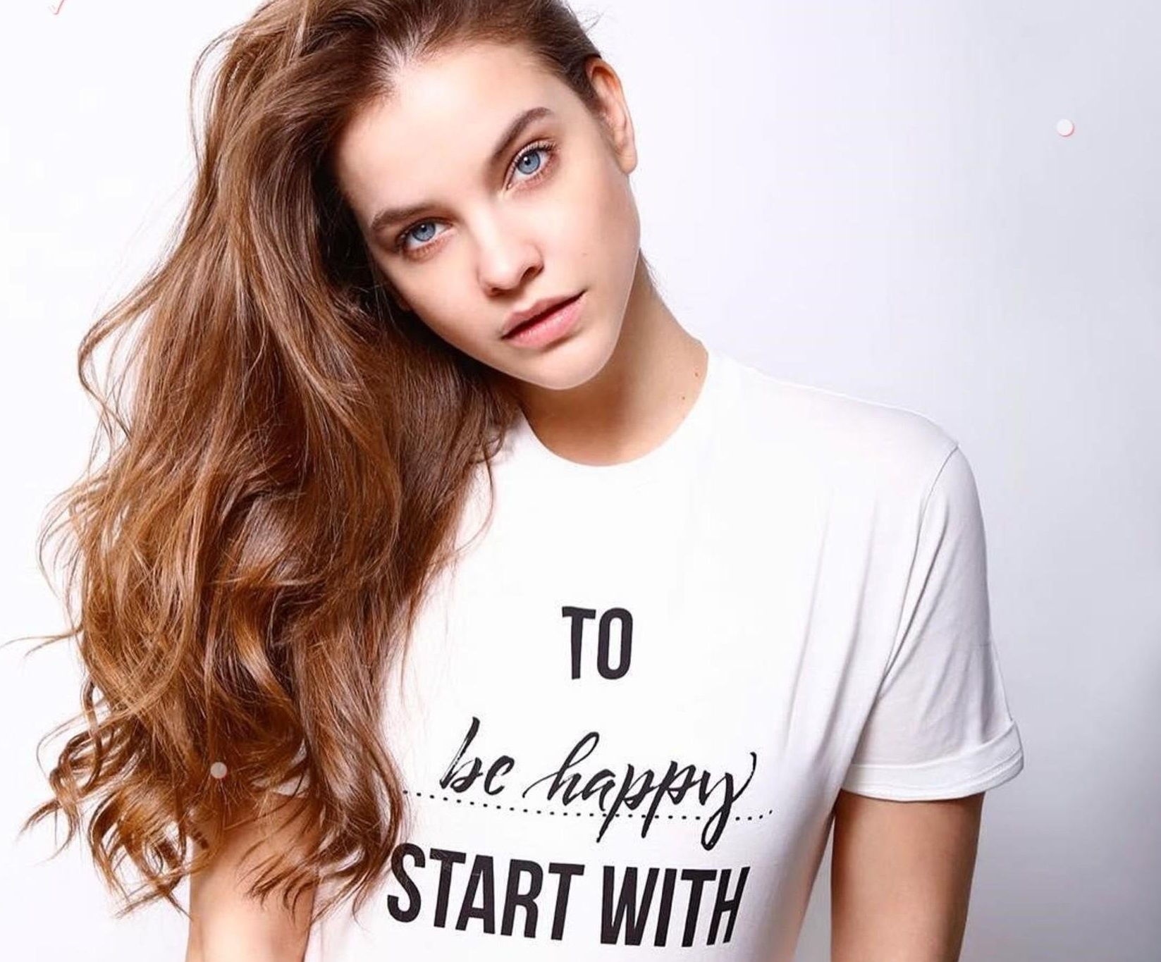 """Barbara Palvin (realbarbarapalvin / 01.03.2018): """"I joined Pinko x Treedom project! Thanks to this T-shirt! A tree will be planted in The Pinko forest in Kenya and ill support the environment and the local families to make the difference #startwithatree #treedom @pinkoofficial"""", Image: 364772628, License: Rights-managed, Restrictions: , Model Release: no, Credit line: Profimedia, Face To Face A"""