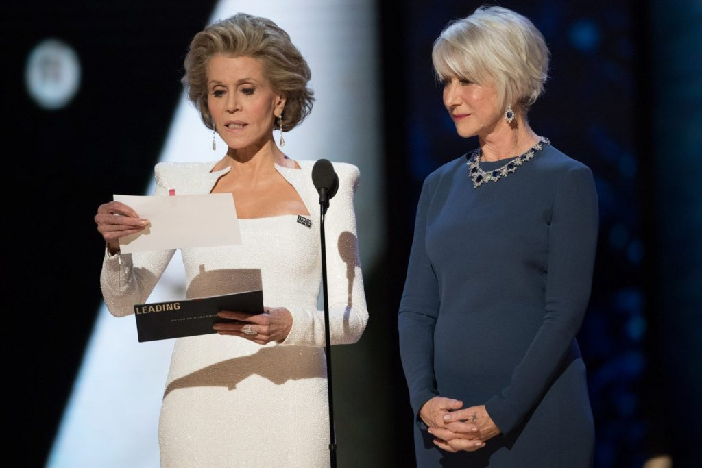 Jane Fonda and Helen Mirren present the Osca for best actor in a leading role during the live ABC Telecast of the 90th Oscars at the Dolby Theatre in Hollywood, CA on Sunday, March 4, 2018., Image: 365154436, License: Rights-managed, Restrictions: NO ITALY, GERMANY, BENELUX, USA or AUSTRALIA - Fee Payable Upon Reproduction - For queries contact Avalon.red - sales@avalon.red London: +44 (0) 20 7421 6000 Los Angeles: +1 (310) 822 0419 Berlin: +49 (0) 30 76 212 251 Madrid: +34 91 533 4289, Model Release: no, Credit line: Profimedia, Uppa entertainment