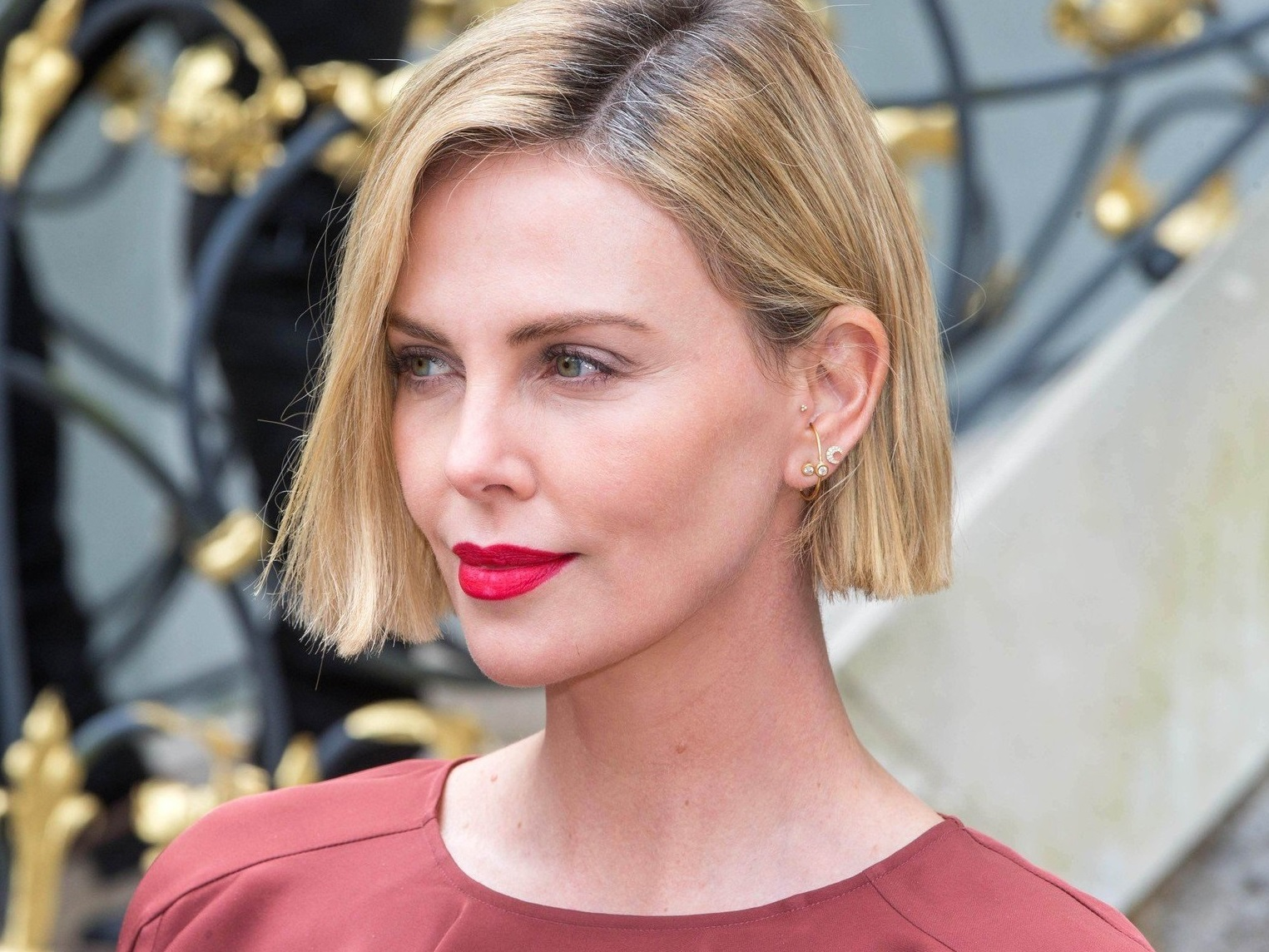 Charlize Theron / Lifeball 2018 - AMFAR EPIC RIDE stops at Villa Emslieb in Salzburg (Austria) on June 01, 2018/ Portrait / Bitte Fotovermerk: Agentur Schneider-Press/Bird//SCHNEIDERPRESS_life011171/Credit:Schneider-Press/Bird/SIPA/1806011432, Image: 373545348, License: Rights-managed, Restrictions: , Model Release: no, Credit line: Profimedia, TEMP Sipa Press