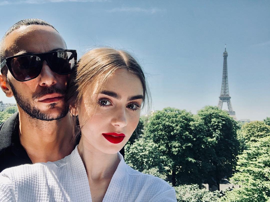 Lily Collins has posted a photo on Instagram with the following remarks: Shooting in style... Twitter, 2018-07-02 11:54:56. Photo supplied by insight media. Service fee applies. NICHT ZUR VERÖFFENTLICHUNG IN BÜCHERN UND BILDBÄNDEN! EDITORIAL USE ONLY! / MAY NOT BE PUBLISHED IN BOOKS AND ILLUSTRATED BOOKS! Please note: Fees charged by the agency are for the agency's services only, and do not, nor are they intended to, convey to the user any ownership of Copyright or License in the material. The agency does not claim any ownership including but not limited to Copyright or License in the attached material. By publishing this material you expressly agree to indemnify and to hold the agency and its directors, shareholders and employees harmless from any loss, claims, damages, demands, expenses (including legal fees), or any causes of action or allegation against the agency arising out of or connected in any way with publication of the material., Image: 376636704, License: Rights-managed, Restrictions: NICHT ZUR VERÖFFENTLICHUNG IN BÜCHERN UND BILDBÄNDEN! Please note additional conditions in the caption, Model Release: no, Credit line: Profimedia, Insight Media
