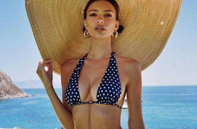 "Emily Ratajkowski (emrata / 07.07.2018): Summer 18 'ú® ?üě? @livincool"""", Image: 377317243, License: Rights-managed, Restrictions: , Model Release: no, Credit line: Profimedia, Face To Face A"