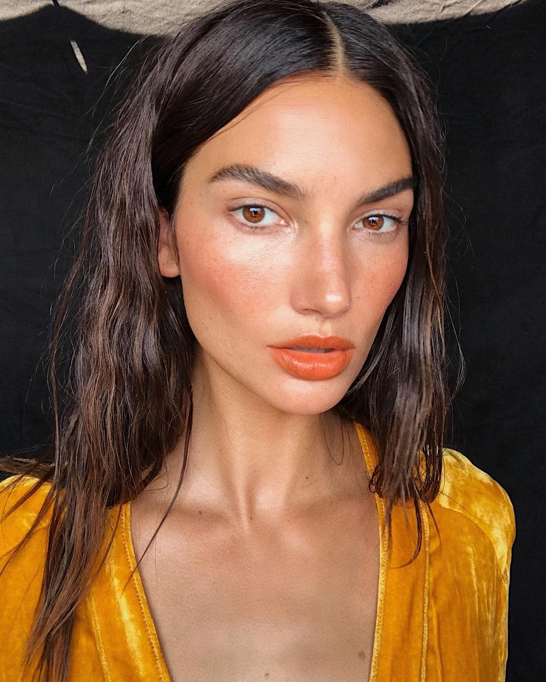 "Lily Aldridge releases a photo on Instagram with the following caption: ""Summer in the City u2600ufe0fnud83dudcf8 #BTS Todayu2019s Shoot""., Image: 381197427, License: Rights-managed, Restrictions: *** No USA Distribution *** For Editorial Use Only *** Not to be Published in Books or Photo Books *** Handling Fee Only ***, Model Release: no, Credit line: Profimedia, SIPA USA"