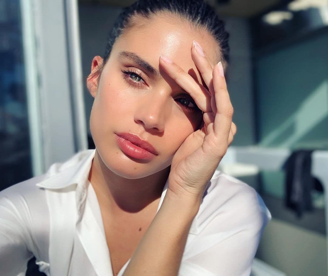 Sara Sampaio has posted a photo on Instagram with the following remarks: Feels nice being in the sun Twitter, 2019-03-14 15:40:35. Photo supplied by insight media. Service fee applies. NICHT ZUR VERÖFFENTLICHUNG IN BÜCHERN UND BILDBÄNDEN! EDITORIAL USE ONLY! / MAY NOT BE PUBLISHED IN BOOKS AND ILLUSTRATED BOOKS! Please note: Fees charged by the agency are for the agency's services only, and do not, nor are they intended to, convey to the user any ownership of Copyright or License in the material. The agency does not claim any ownership including but not limited to Copyright or License in the attached material. By publishing this material you expressly agree to indemnify and to hold the agency and its directors, shareholders and employees harmless from any loss, claims, damages, demands, expenses (including legal fees), or any causes of action or allegation against the agency arising out of or connected in any way with publication of the material., Image: 419453593, License: Rights-managed, Restrictions: NICHT ZUR VERÖFFENTLICHUNG IN BÜCHERN UND BILDBÄNDEN! Please note additional conditions in the caption, Model Release: no, Credit line: Profimedia, Insight Media