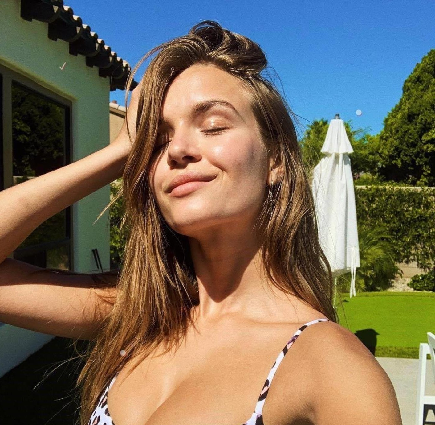 "Josephine Skriver (josephineskriver / 19.04.2019): Who is your favorite artist playing at Coachella?? Would love recommendations on who to watch!! """", Image: 427587408, License: Rights-managed, Restrictions: , Model Release: no, Credit line: Profimedia, Face To Face A"
