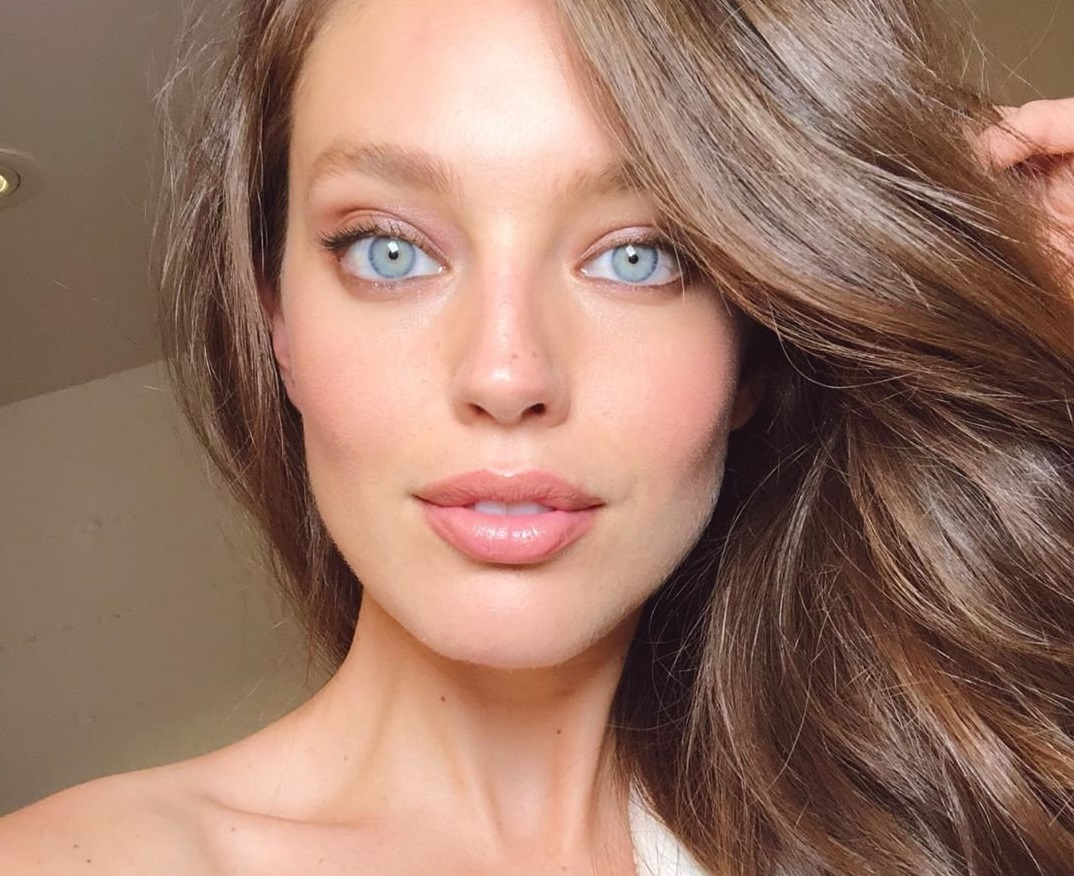 Emily DiDonato has posted a photo on Instagram with the following remarks: San Fran glam Instagram, 2019-05-07 10:23:06. Photo supplied by insight media. Service fee applies. NICHT ZUR VERÖFFENTLICHUNG IN BÜCHERN UND BILDBÄNDEN! EDITORIAL USE ONLY! / MAY NOT BE PUBLISHED IN BOOKS AND ILLUSTRATED BOOKS! Please note: Fees charged by the agency are for the agency's services only, and do not, nor are they intended to, convey to the user any ownership of Copyright or License in the material. The agency does not claim any ownership including but not limited to Copyright or License in the attached material. By publishing this material you expressly agree to indemnify and to hold the agency and its directors, shareholders and employees harmless from any loss, claims, damages, demands, expenses (including legal fees), or any causes of action or allegation against the agency arising out of or connected in any way with publication of the material., Image: 431433745, License: Rights-managed, Restrictions: NICHT ZUR VERÖFFENTLICHUNG IN BÜCHERN UND BILDBÄNDEN! Please note additional conditions in the caption, Model Release: no, Credit line: Profimedia, Insight Media